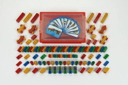 Manetico box, 104 parts